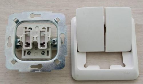 Подключение двухклавишного выключателя 03