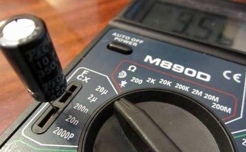 Проверка конденсаторов мультиметром V 890D