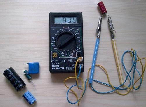 Проверка конденсаторов цифровым мультометром
