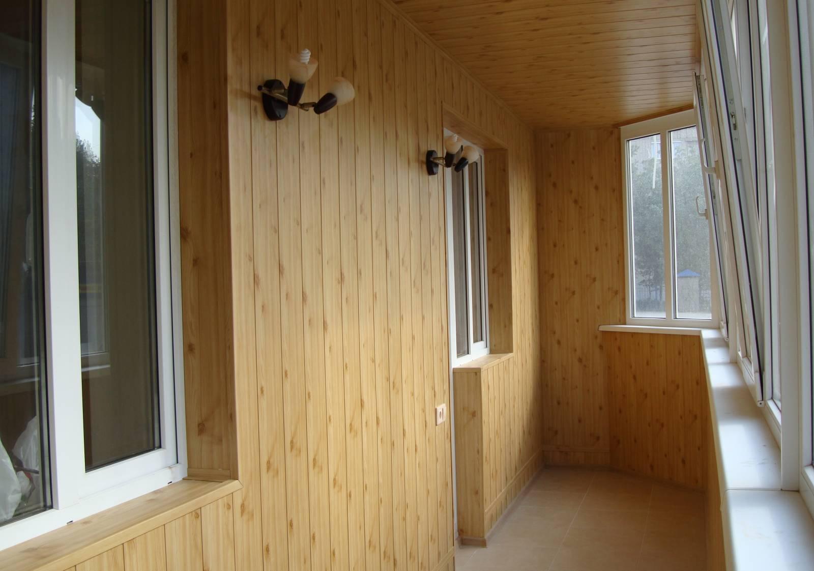 Замена окон и обустройство и утепление балконов в Минске